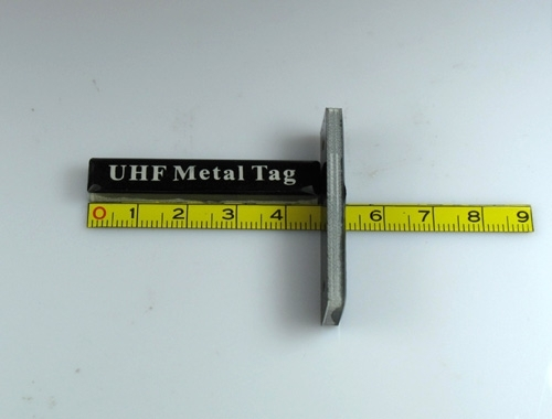 a front and side view of UHF Metal Tag-22