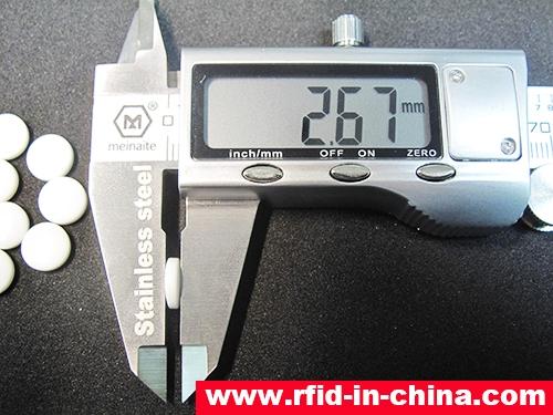 UHF RFID Tiny Laundry Tag-03