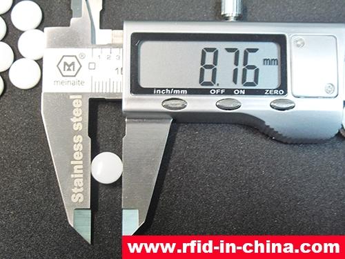UHF RFID Tiny Laundry Tag-02