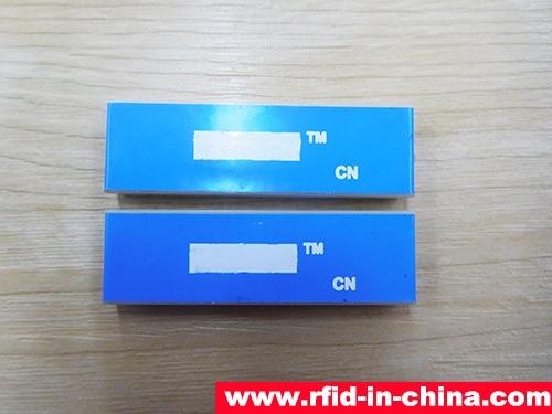 UHF RFID Metal Tag-47-01