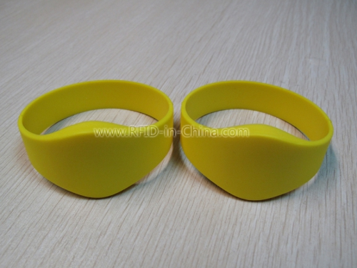 Reusable Silicone Wristbands for Cashless Payment Service-03