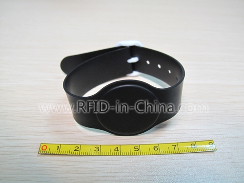 RFID Wristbands for personal tracking