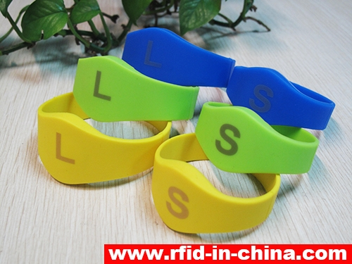 Laser Printing LF/HF RFID Silicon Wristbands-70-01
