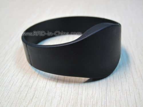 RFID Silicone Wristbands