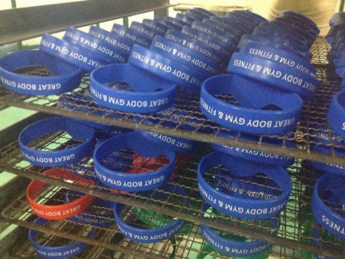 Customized NFC RFID Wristbands-04