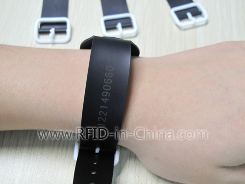 Adjustable Size & Waterproof LF/HF RFID Wristbands For Pool-02
