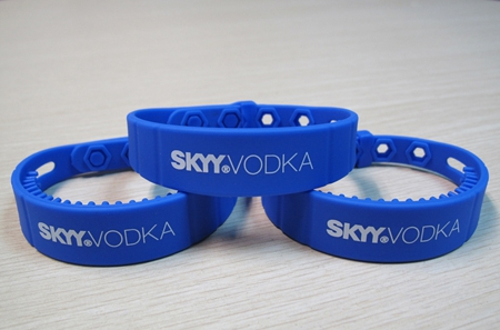 RFID UHF Waterproof Silicone Wristbands-01