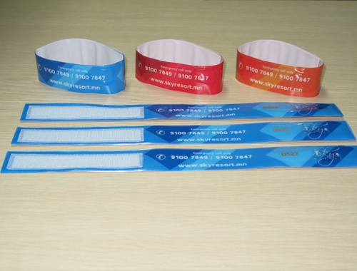 Colorful PVC RFID Wristband For Festival Access Control-01