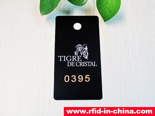 RFID Costume Hanging Tag-15-01