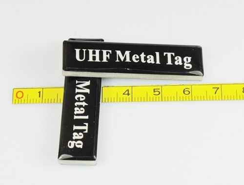 a front view of UHF Metal Tag-06