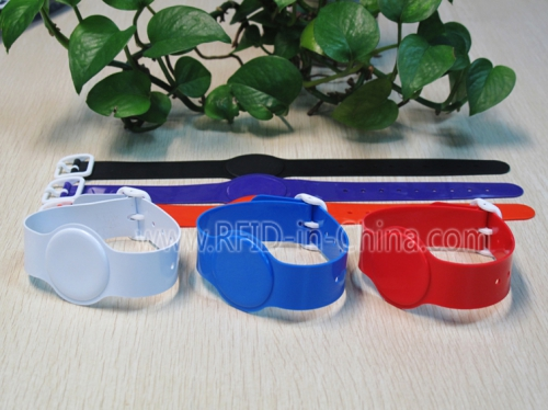 Colourful PVC RFID Bracelets-02