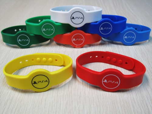 Silicone RFID Cartoon Wristbands-04
