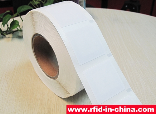 Sticky HF RFID Label-01